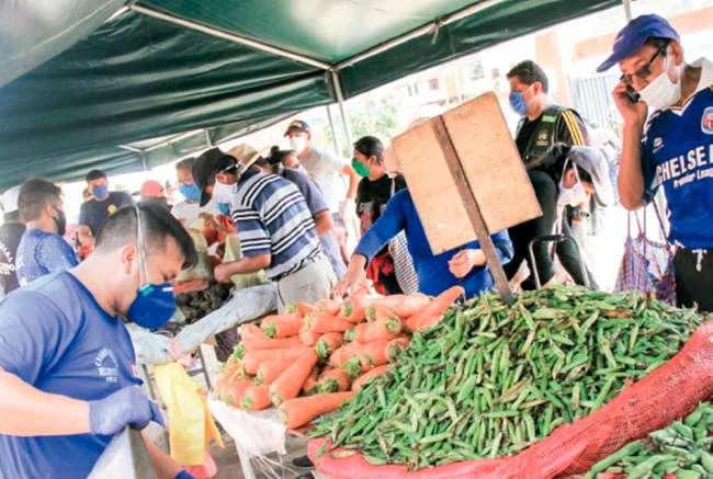 Comerciantes del Mercado Central aseguran que Municipalidad no apoya con implementar protocolos de bioseguridad