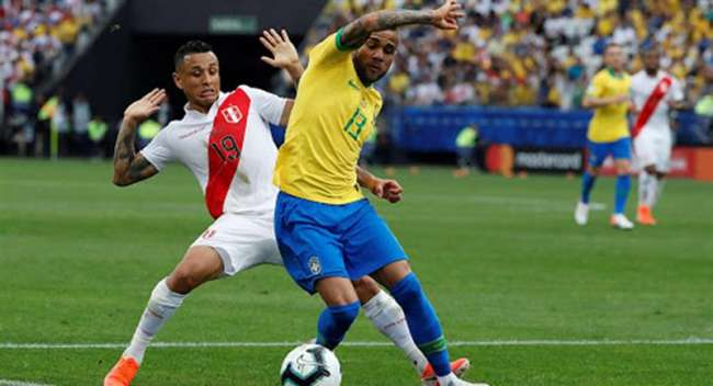 Dos jugadores de la Selección Peruana dieron positivo a COVID previo al partido contra Brasil