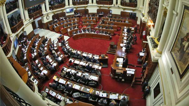 Propone eliminar la inmunidad parlamentaria  Predictamen sobre bicameralidad desarrolla concepto de incapacidad moral permanente