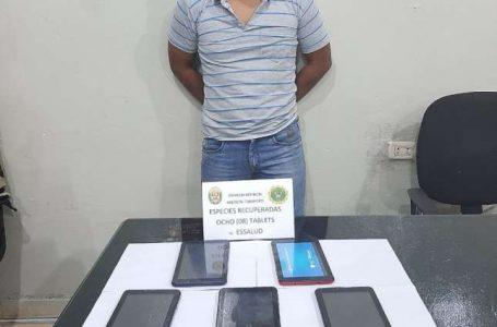 FUE INTERVENIDO UN EX TRABAJADOR DE LIMPIEZA Policía recupera nueve tablets que fueron robados del Hospital de Essalud de Tarapoto