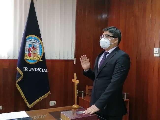 Presidente de la Corte de San Martín juramentó a Juez Especializado