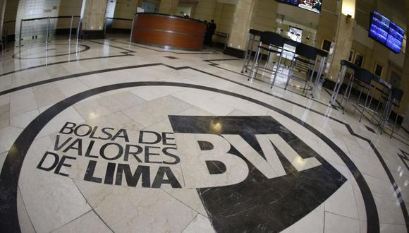 Bolsa de Valores de Lima se desploma en la apertura por crisis política tras vacancia presidencial