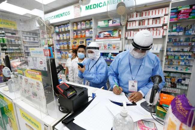 Minsa e Indecopi verificaron que cerca de 1 500 boticas y farmacias dispongan de stock y precios de medicamentos contra la COVID-19