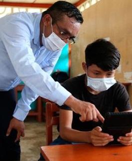Ministerio de Educación prepara retorno gradual a clases presenciales para 2021