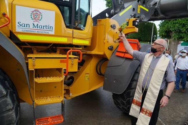 GORESAM entregó primera parte del pool de maquinaria para el Alto Mayo