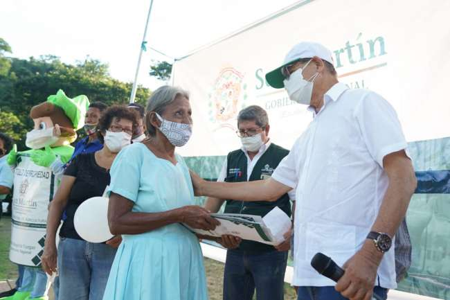 GORESAM entregó 847 títulos de propiedad rural en el distrito de San Roque de Cumbaza