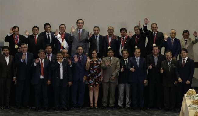 Comisión del Congreso aprobó reelección de alcaldes y gobernadores