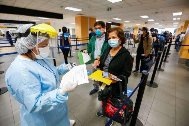 Minsa: viajeros con destino final en provincia harán cuarentena en sus localidades