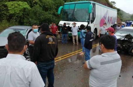 Choque de automóviles deja un muerto y tres heridos cerca de Puerto Sangama
