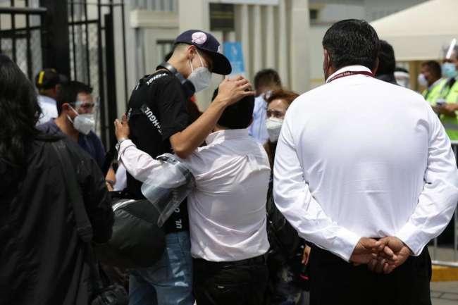 Deberán cumplir cuarentena: Así es la llegada de pasajeros provenientes del extranjero a nuestro país