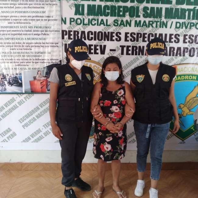 Disfrazados de personal de Salud, agentes del grupo Terna intervienen a mujer solicitada por la justicia