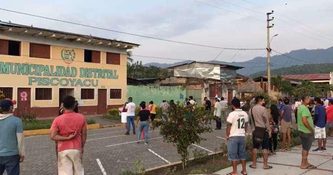 ESCÁNDALO EN PISCOYACU: Alcalde pagó a consultor más de millón y medio de soles en solo dos días