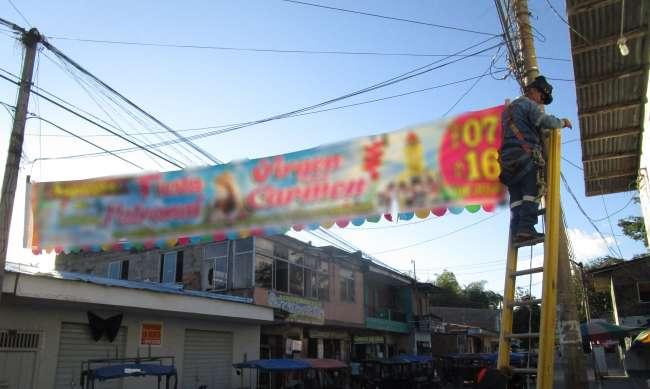 Está prohibido colocar propaganda electoral en postes de electricidad