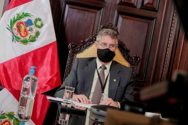 """Francisco Sagasti: """"No me corresponde respaldar o no al JNE, sino respetar lo que está haciendo"""""""