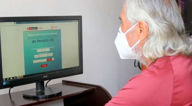 Pensión 65 lanza sitio web para actualizar datos de usuarios que serán vacunados contra la COVID-19