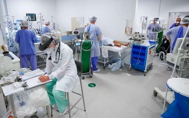 Brasil pide auxilio a la industria médica ante la escasez de insumos para intubar pacientes con coronavirus