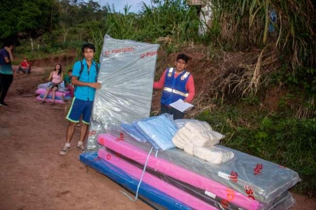 Llevan apoyo solidario a familias afectadas por falla geológica en localidad de Milenio