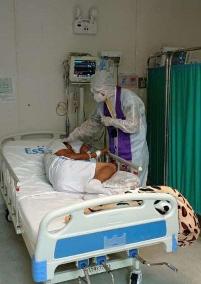 Sacerdote Juan Berrú Chinchay brindó apoyo emocional a pacientes con Covid 19
