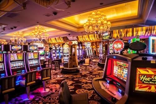 Los casinos: cada vez más personas se divierten en ellos