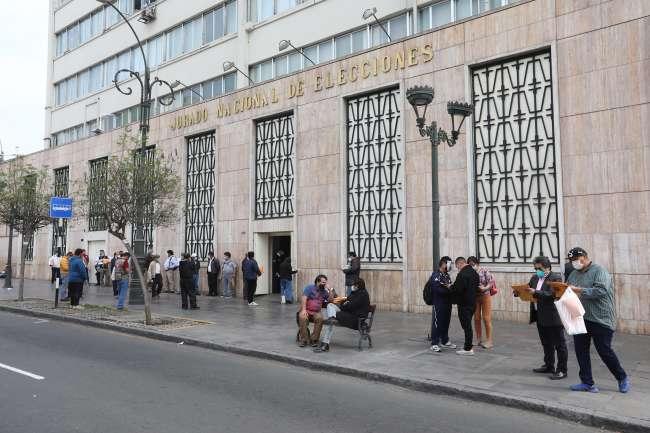 JNE IMPLEMENTA COMITÉ DE FACT CHECKING CONTRA  LA PROPAGACIÓN DE INFORMACIÓN ELECTORAL FALSA