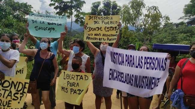 Familiares de detenidos exigen intervención en vivienda que se habría construido en zona intangible del Goresam