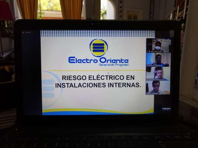 """""""Promovemos el diálogo y la transparencia de la información sobre el servicio eléctrico, a  través de jornadas de capacitación virtual y gratuitas"""""""