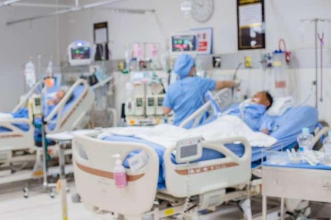 Médico que atendía a pacientes con COVID-19 en Nueva Cajamarca se contagió y lleva 30 días en cama UCI en Iquitos
