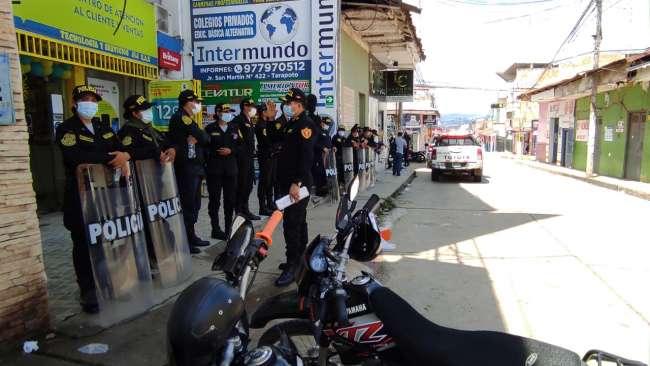Policía Nacional brinda seguridad en la sede de ODPE de la provincia de San Martín