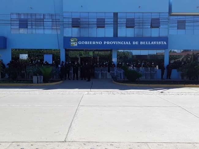 Protesta contra alcalde de la provincia de Bellavista termina en enfrentamiento