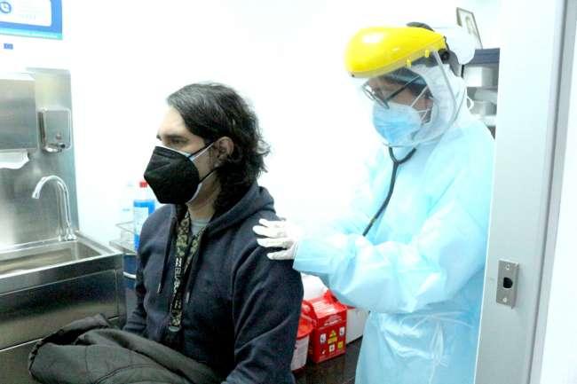 Ministerio de Salud advierte que el uso de antibióticos en pacientes con COVID-19 lo debe determinar el médico