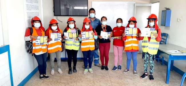 """Electro Oriente orientó sobre """"Riesgos Eléctricos"""" al personal del programa Trabaja Perú de Yurimaguas"""