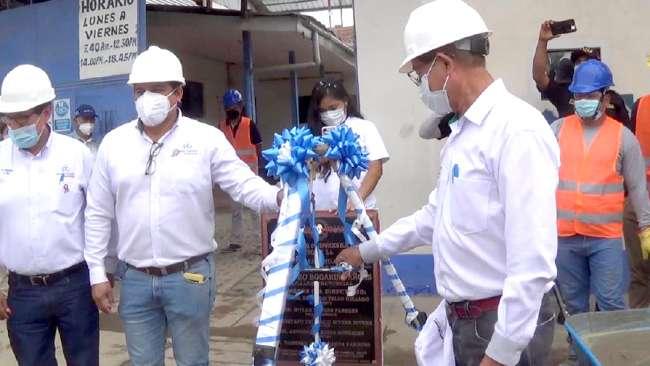 Colocan primera piedra para construcción de moderna infraestructura de ELECTRO TOCACHE