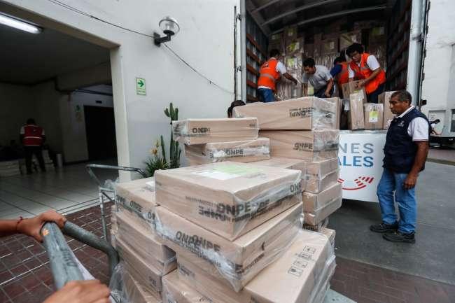 ONPE inicia despliegue de material electoral de capacitación