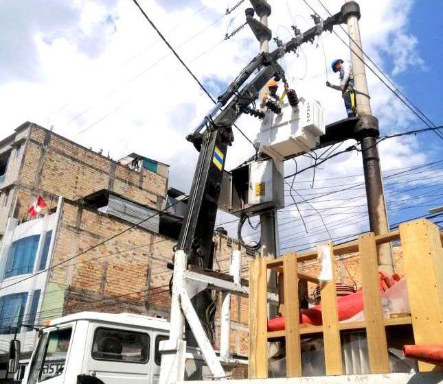 Electro Oriente trabaja en la mejora del servicio en Nueva Cajamarca