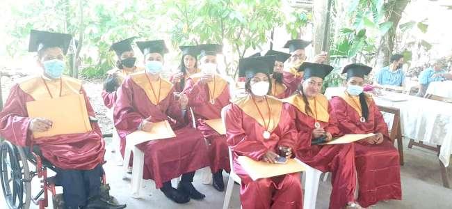 Graduados del CETPRO Juanjui reciben título técnico a nombre de la Nación