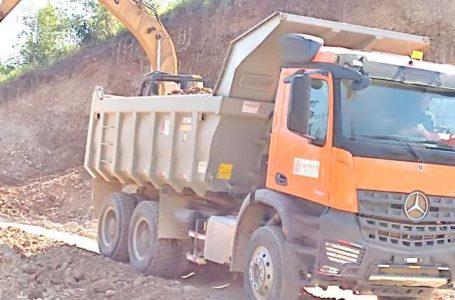 Productores de Quinillal San Hilarión exigen culminación de carretera