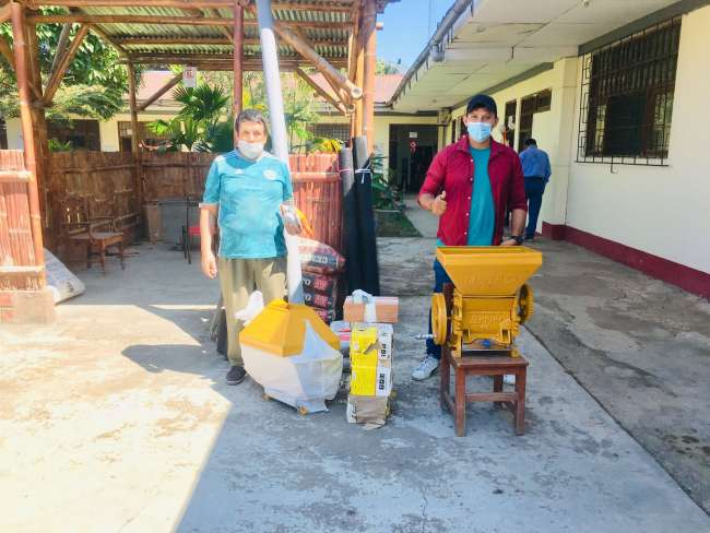 ENTREGAN KITS DE POSCOSECHA A PRODUCTORES DE CAFÉ CON PARCELAS EN RENOVACIÓN