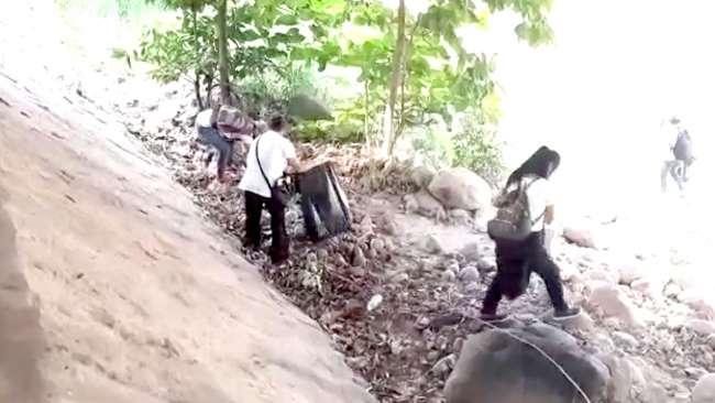 Realizan jornada de limpieza en las orillas del Río Cumbaza en Morales
