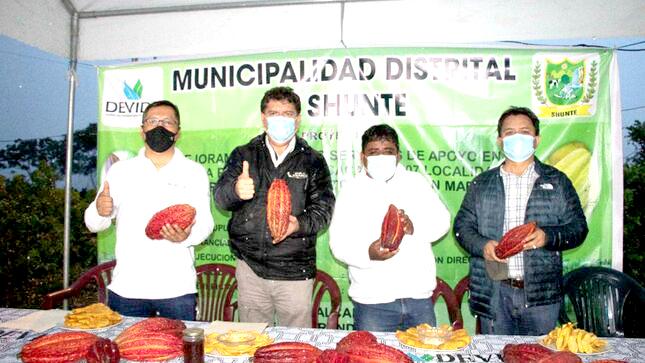 Devida invierte más de dos millones de soles en San Martín para la implementación de la actividad de cacao y panificación
