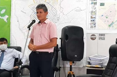 Entrenador Maxwell Bartra solicita donación de terreno