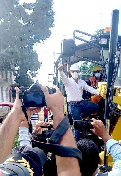 Presentan maquinarias adquiridas por MPSM con inicio de mejoramiento de calles